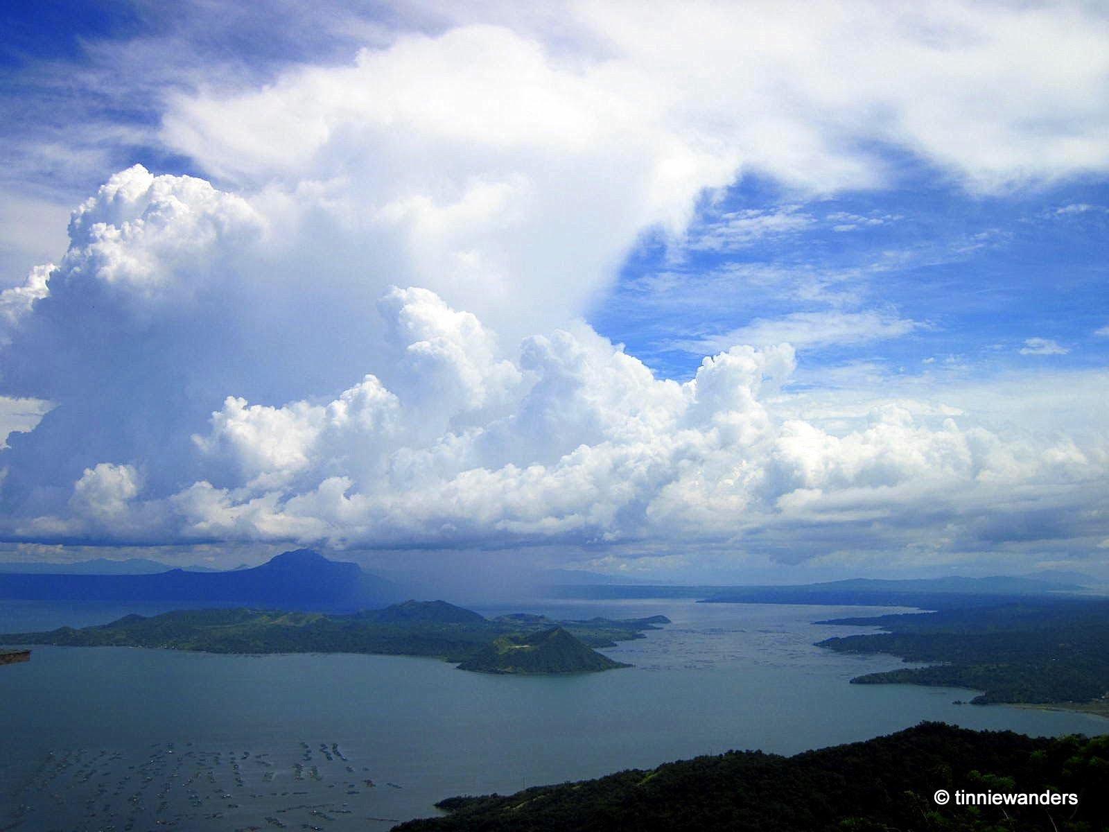 active volcano near manila